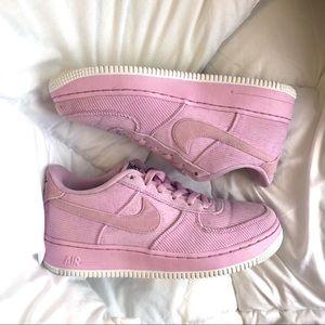 Nike Air Force LV8 Light Arctic Pink